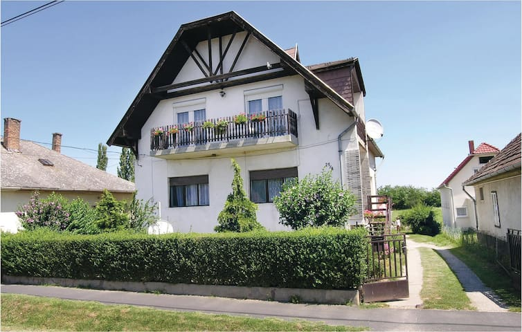 Holiday apartment with 3 bedrooms on 100 m² in Balatonlelle