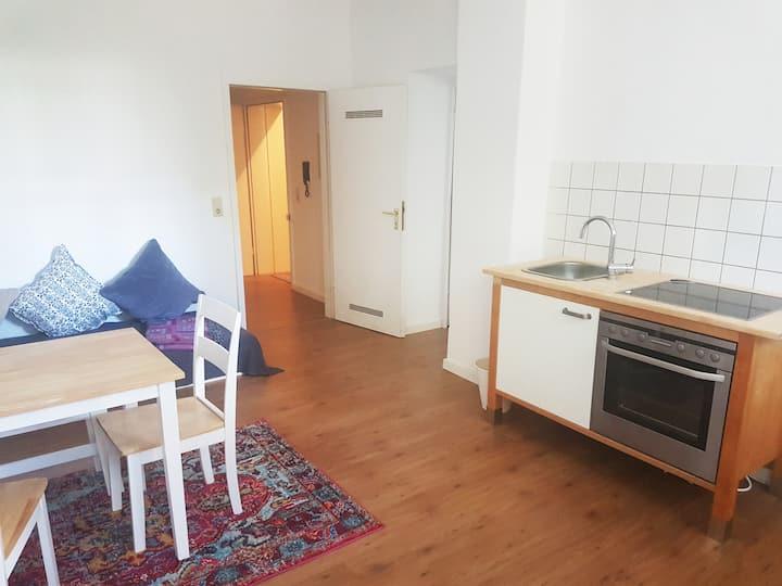 Ideale Wohnung für 2 bis 5 Personen mitten in Bonn