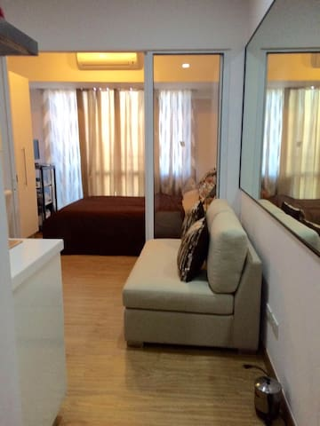 1 Bedroom Fully-Furnished Unit - Mandaluyong City - Wohnung