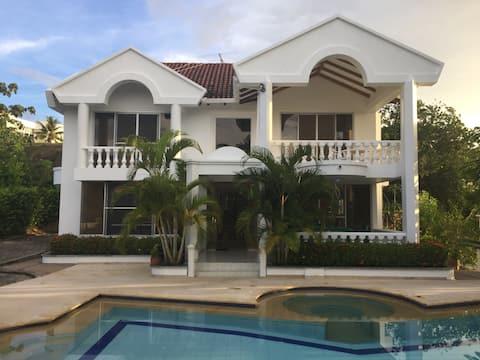 Hermosa Casa en Carmen de Apicala