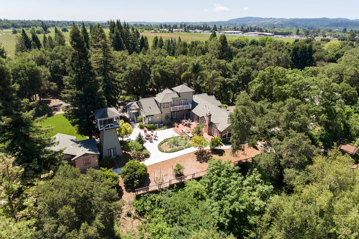Riverstone Wine Country Estate, 5BR/6BA POOL & SPA