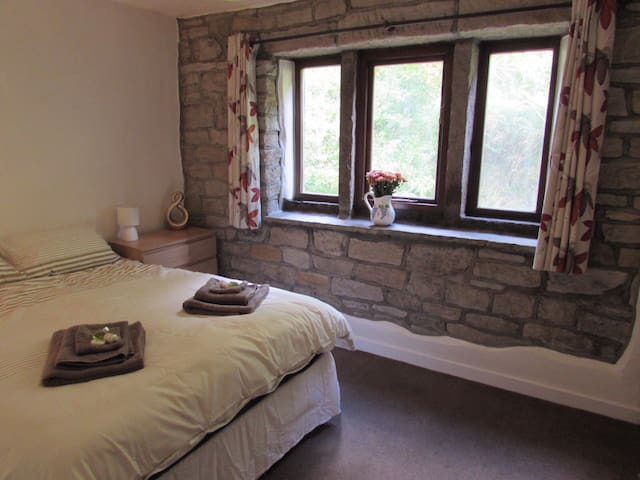 4 Woodbank - Cottage in the countryside - Todmorden - Huis