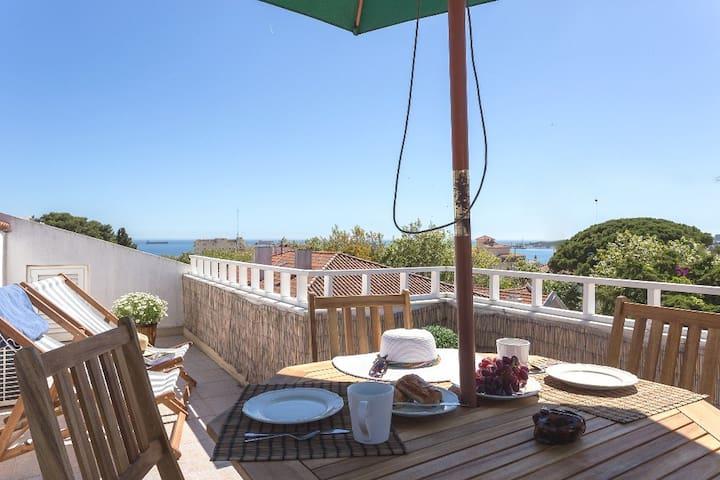 Charming Estoril Ocean View Apartment - São João do Estoril - Apartamento