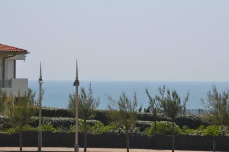 Appartement à 50m de la plage