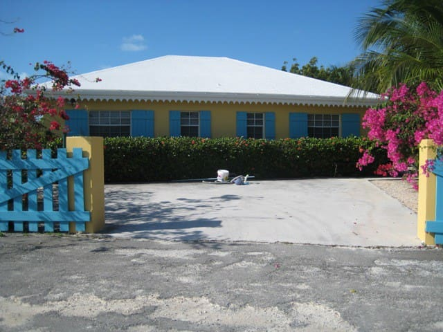 Palm Cottage- In the Heart of Grace Bay
