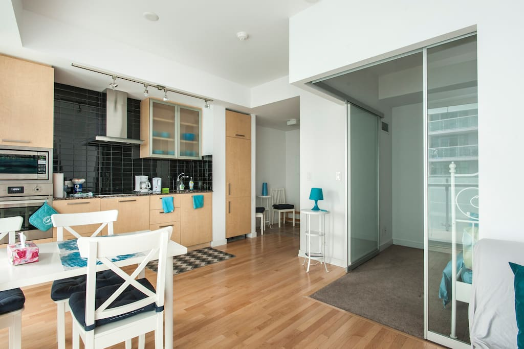 """""""The condo was exactly as advertised, with bonus views of the water and CN Tower"""" – Megan"""
