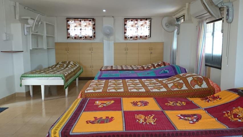 2 private rooms./recent renovation - Kanchipuram - Casa