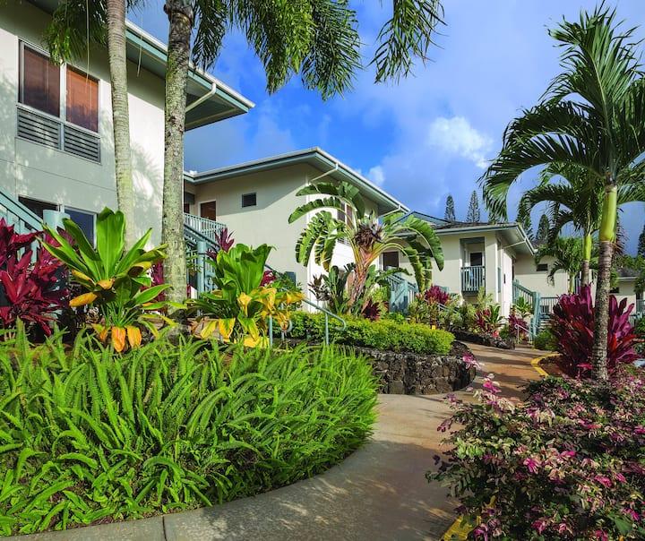 Kauai Deluxe 1 Bedroom ★  2 Pools ★  Beaches