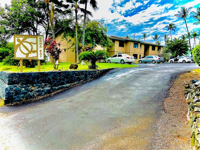 2 Bedroom Condo (Discounted Rate for month May)