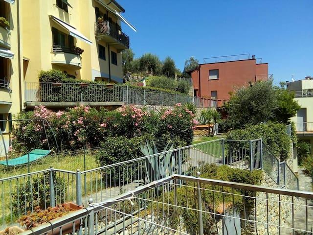 Pink house - La Spezia - Huis