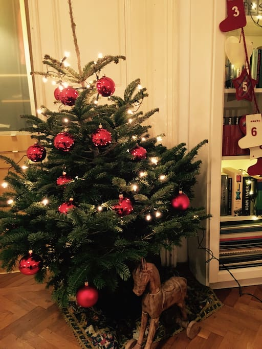 Christmas Tree included! :) This is the actual tree and decoration that is awaiting you! Happy Holidays! :)