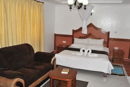 Acacia Gardens Homestay - Nairobi - Bed & Breakfast
