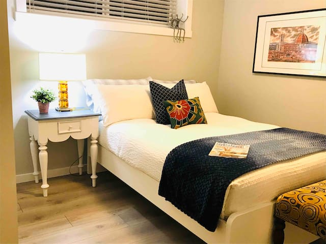 JoFred room - double bed