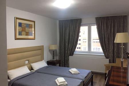 Hotel Eka - Sebeș - Flat