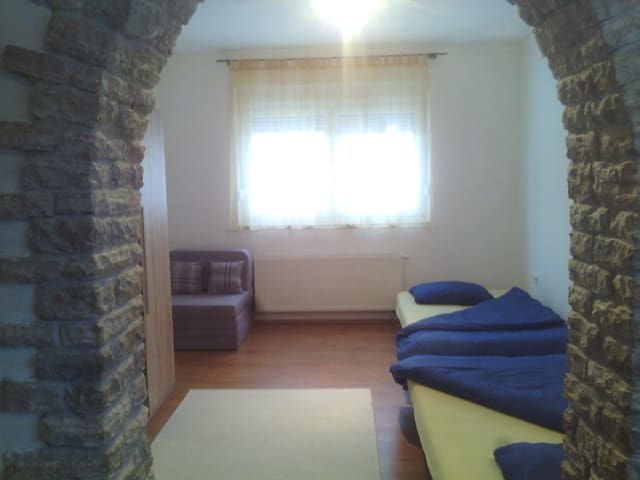 Studio apartment for 3 people Osijek City Center