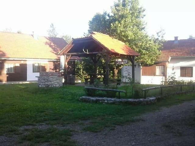 Ranch - Čatrnja