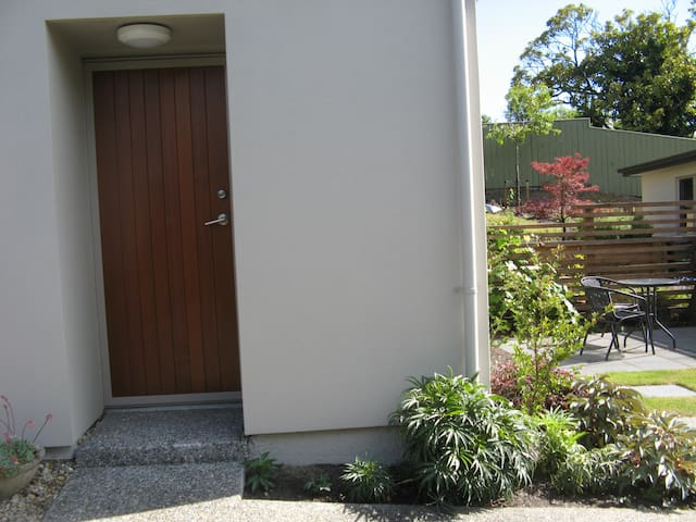 Fairfield Stay - fantastic location - Nelson - Apartment