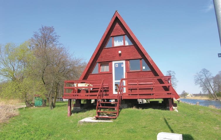 Holiday cottage with 2 bedrooms on 75 m² in Pisz