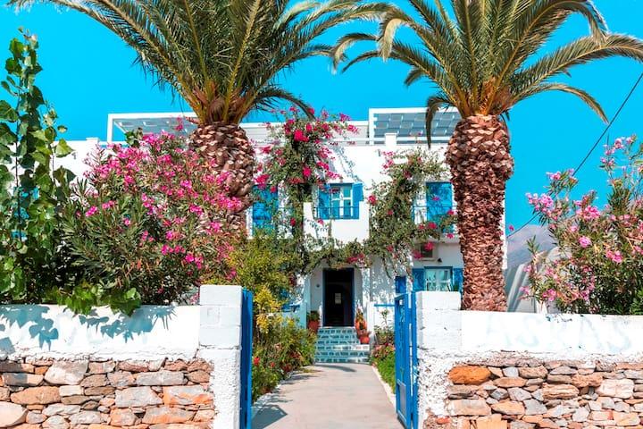 Aegiali Beach Double Room, Amorgos