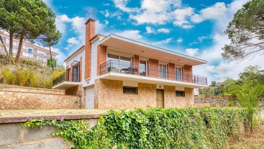 ♥ CostaCabana  -  Villa Lloret ♥  500 mtr to beach