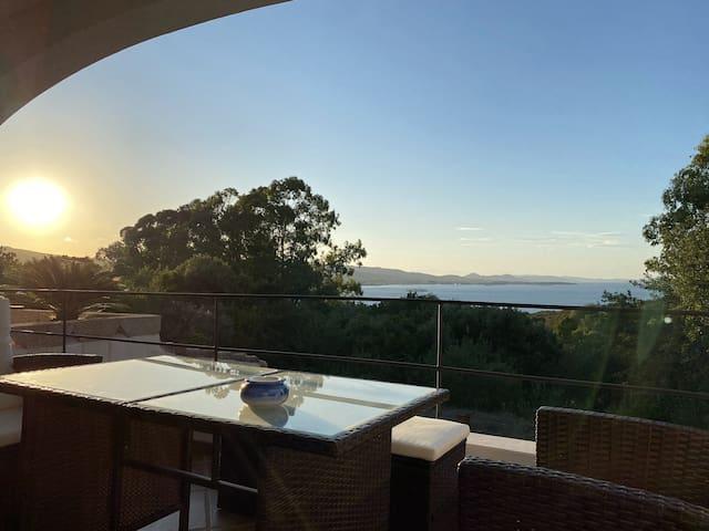 Sea view apartment near Baja Sardinia