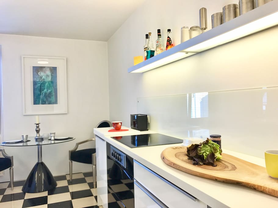 Huge open fully equipped Miele Kitchen with top of the line WMF appliances, Kettle, Porsche Design Coffee machine, Sandwich - maker, Toaster, Washing machine, Dryer and Dishwasher. - APARTMENT BUILT 2017*****