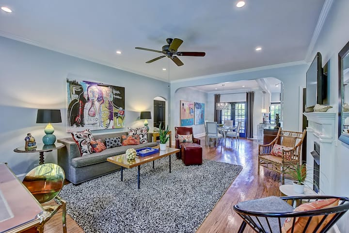 Five-Star Luxury Residence in the Heart of Myers Park w/ screened porch