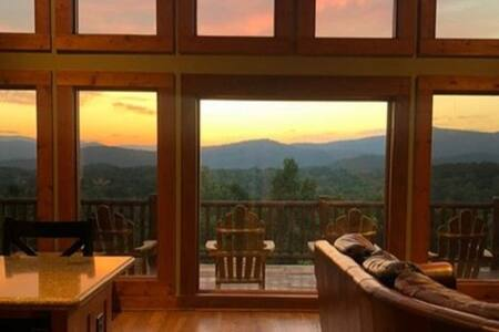 Alpine Mountain Majesty,  Helen, GA