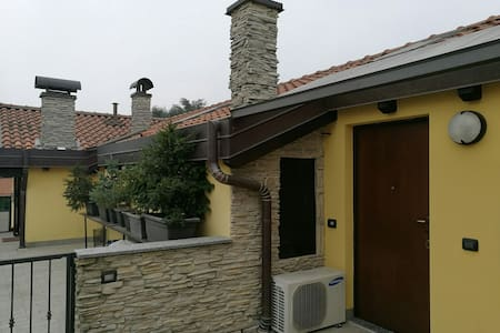 Two rooms flat near railway station - Busto Arsizio