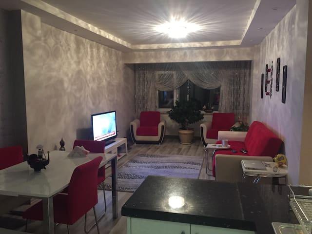 Sariyer Buyukdere'de Bogaza 100 m - Zekeriyaköy Köyü - Appartement