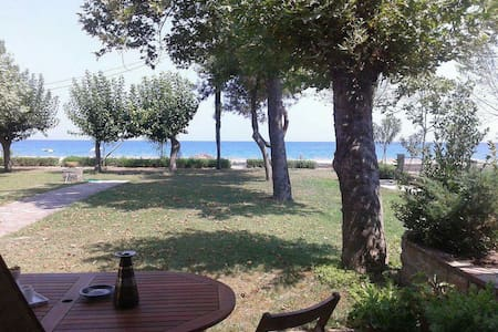 Villa Olympos, by the sea, at the foot of Olympus - Litochoro - Villa