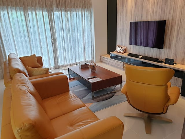 Jk Premium HomeStay★TheCube ★8 Pax ★2 Parking