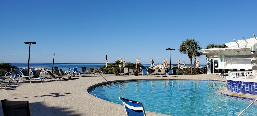 2BDSummit1011@Topsl GulfView PrivateBchPool Resort