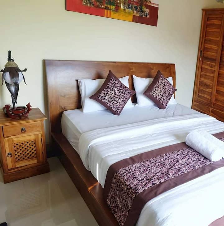 2Bedroom Bali House Wifi, Kitchen,Quite village.