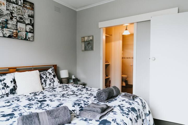Heather's Homey House - charcoal room