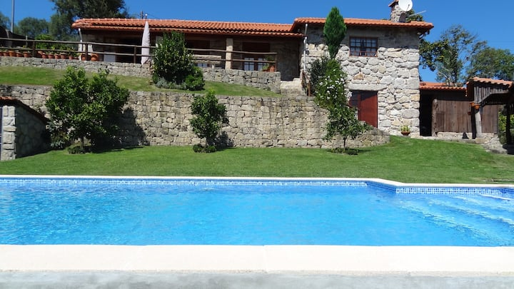 Country house with private swimming pool