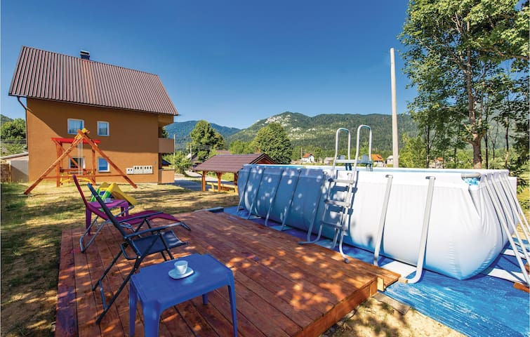Holiday apartment with 1 bedroom on 34 m² in Ogulin