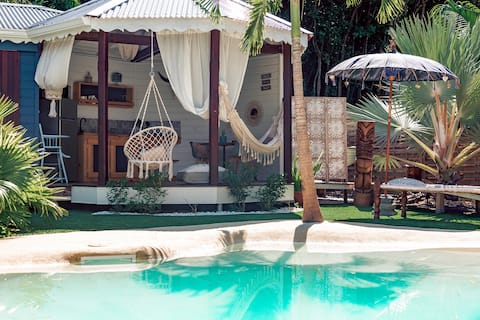 Tiki Paradise Lodge bungalow atypique Gipsy Lodge