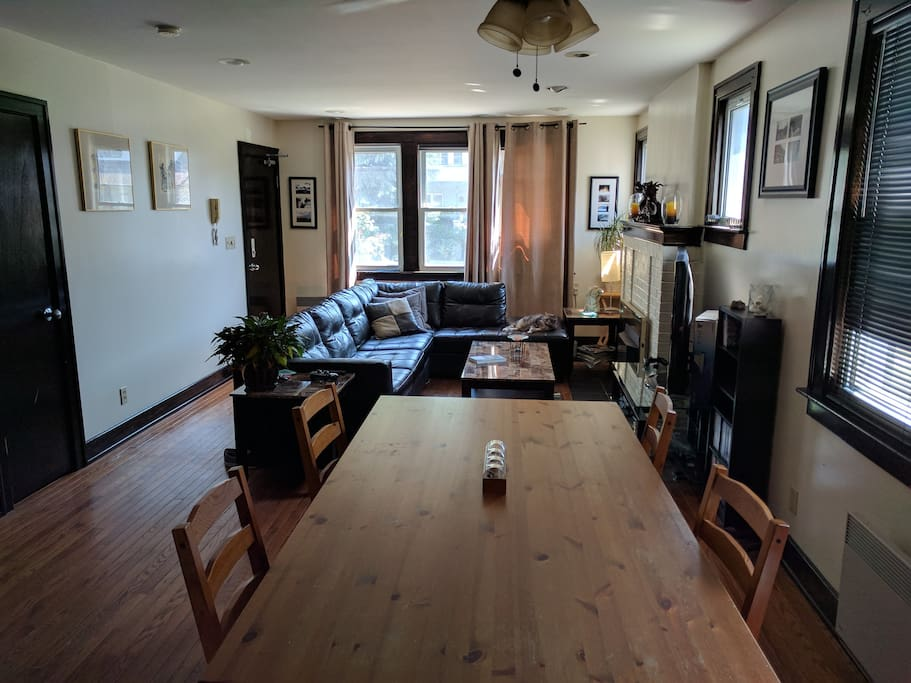 Downtown Windsor Canada Location Room 2 Apartments For Rent In Windsor Ontario Canada