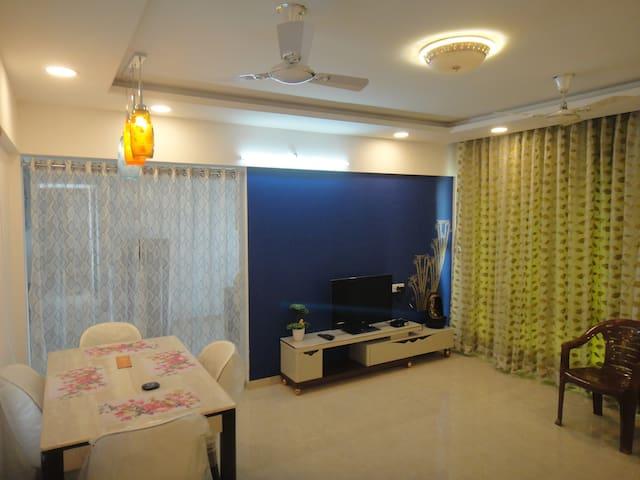 Private room in 2BHK Furnished Flat in Balewadi