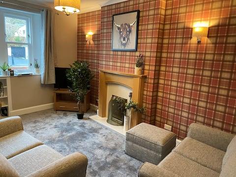 2 bedroom cottage in Melrose, Scottish Borders.