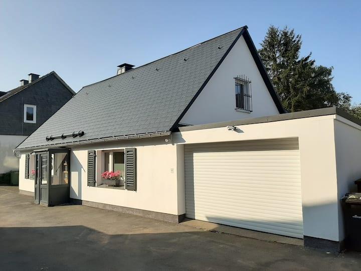 Villa SKYLO, complete toplocatie in Winterberg !