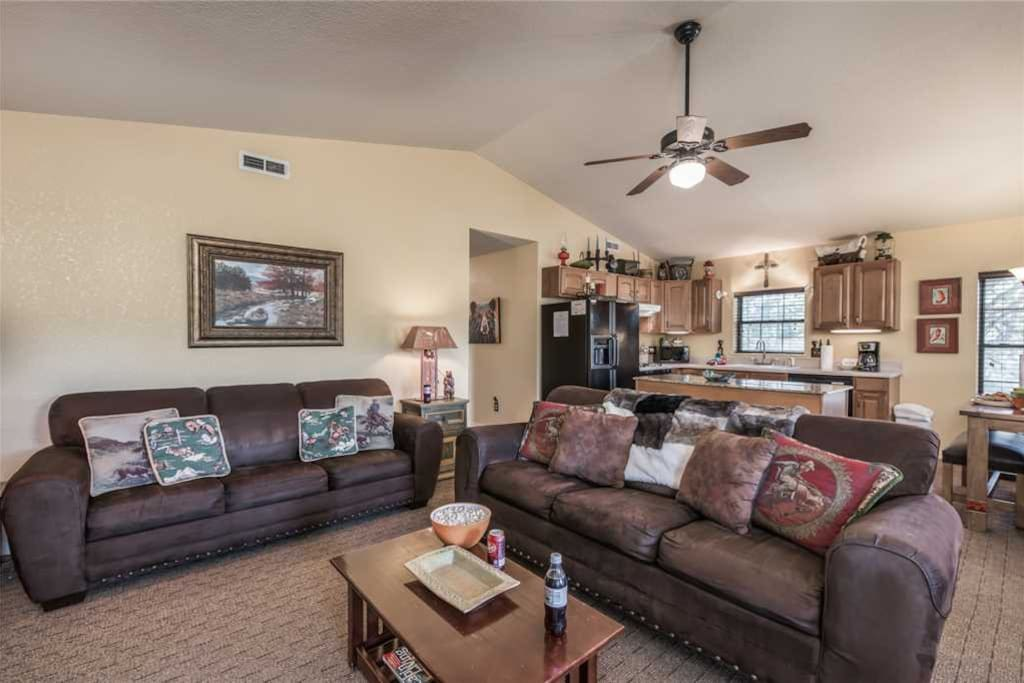 Lovely Family Room - The perfect vacation awaits... so why not treat yourself to this exquisite rental cabin?
