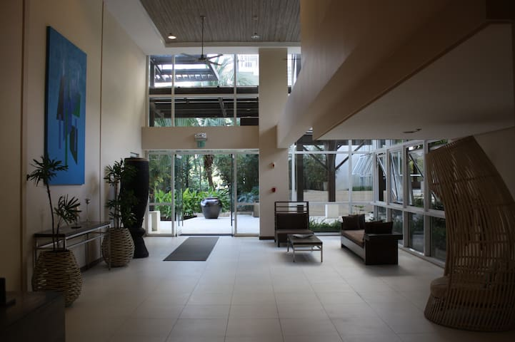 Unit 507 Pico de Loro Beach and Country Club - Nasugbu - Appartement