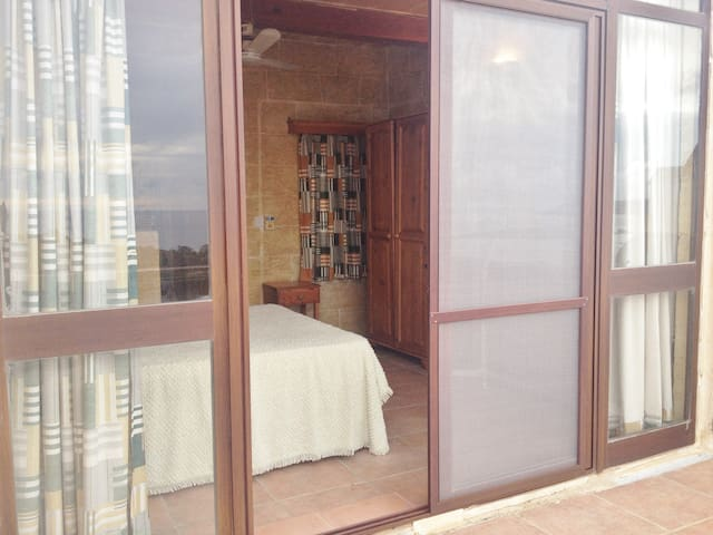 Top Suite w/ Amazing balcony views - Qala