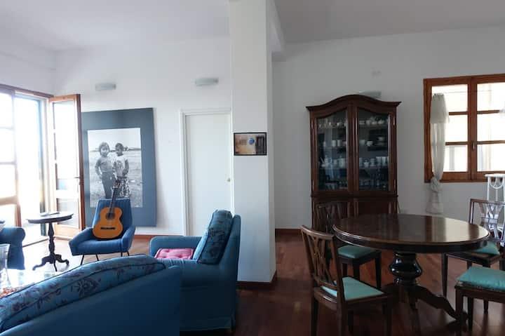 Panoramico appartamento in centro storico IUNP1352