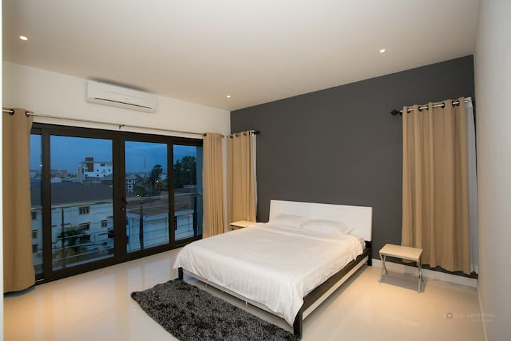 PKP Apartment Vientiane, Laos