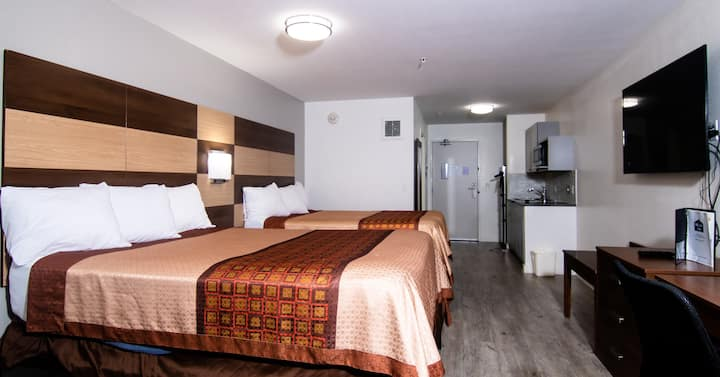 Coratel Inn & Suites Inver Grove Heights - Deluxe 2 Queen Studio with  Kitchenette NS (Oversize)