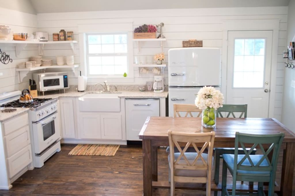 Rustic farmhouse kitchen in arkansas cottage rental