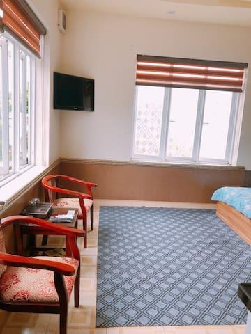 phòng đẹp , giá gia đình , con chủ nhà đẹp trai ,